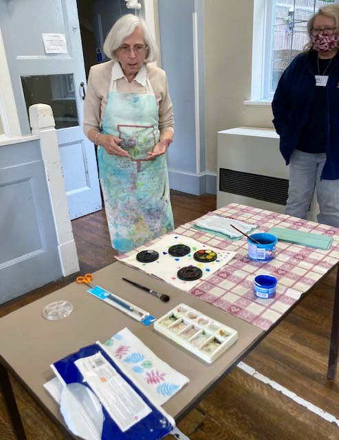 """Judith Rowley demonstration at her """"Beautiful Surfaces"""" workshop, September 2021"""