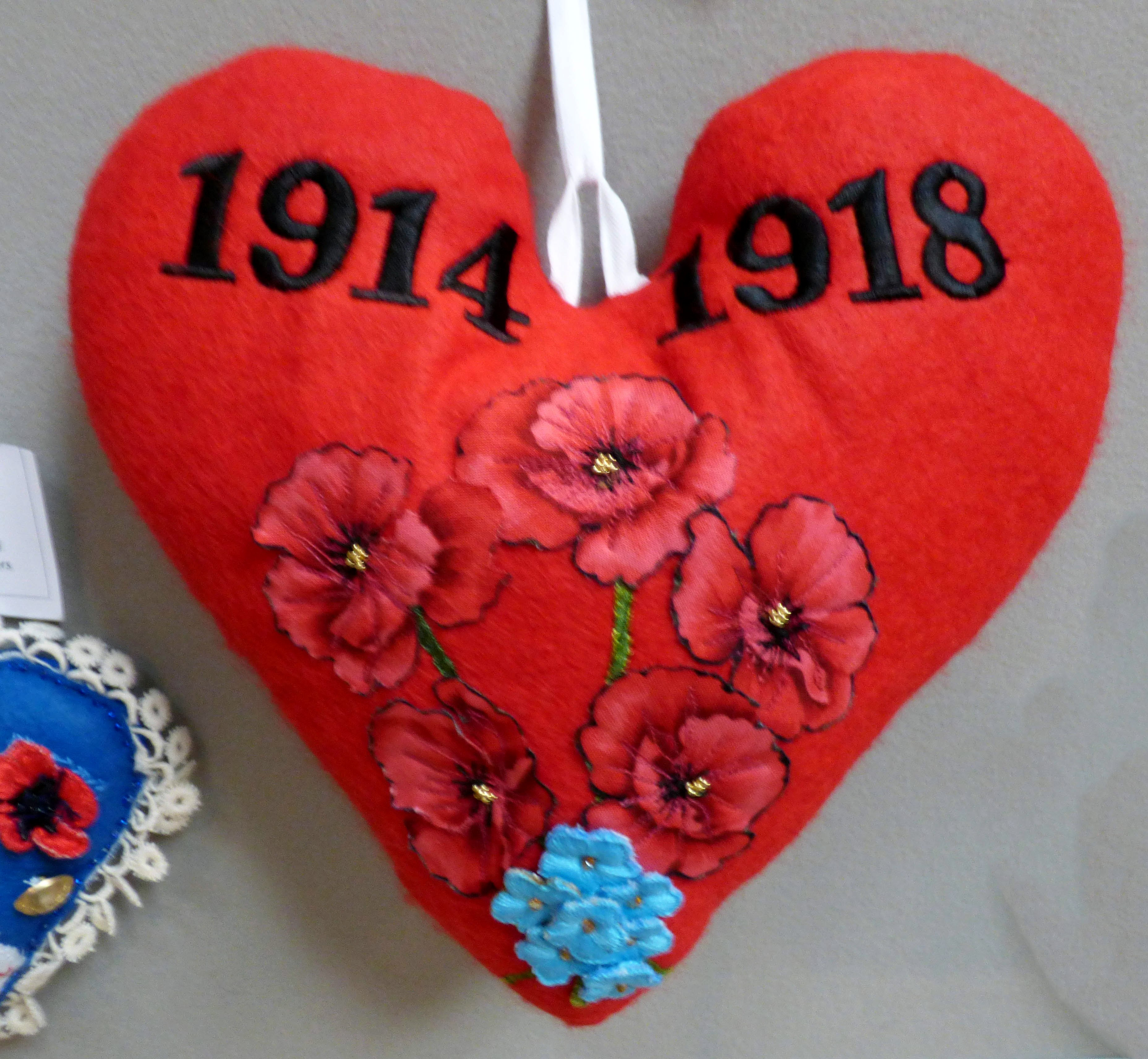 FORGET ME NOT by Sylvia Owen, to remember World War1 1914-1918, 100 Hearts exhibition, Liverpool Cathedral, Sept 2018