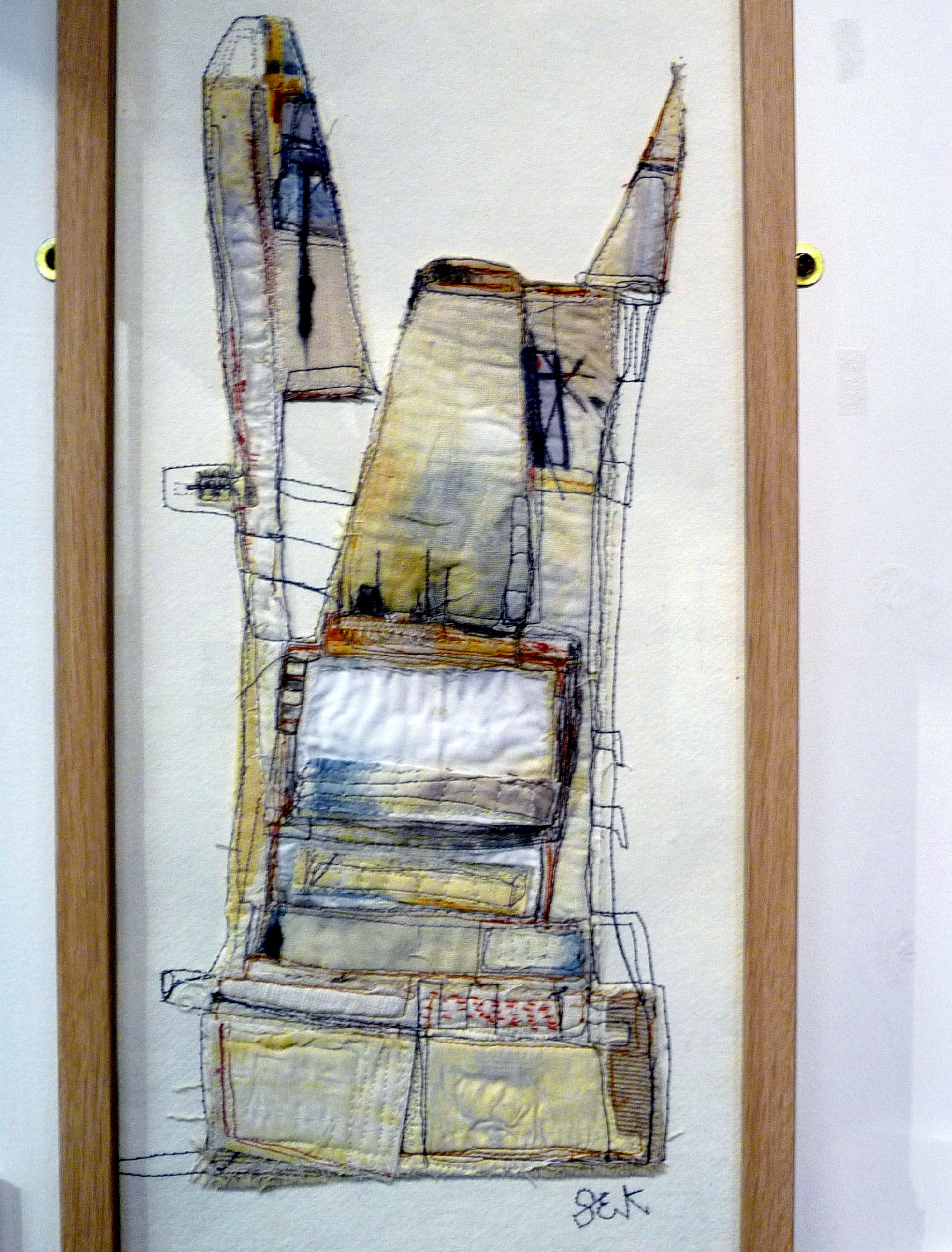 PEDESTAL by Steph Estall-Knight of FLOWN group