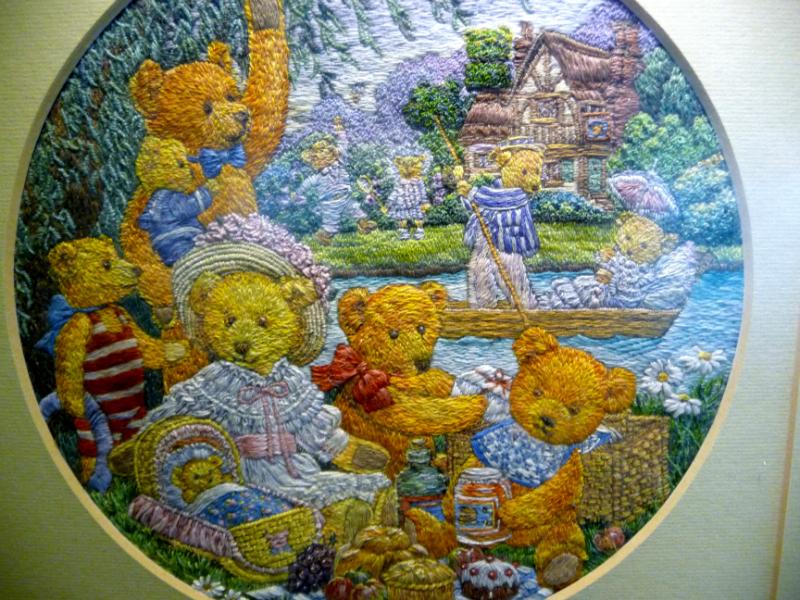TEDDY BEARS\' PICNIC, polyester thread