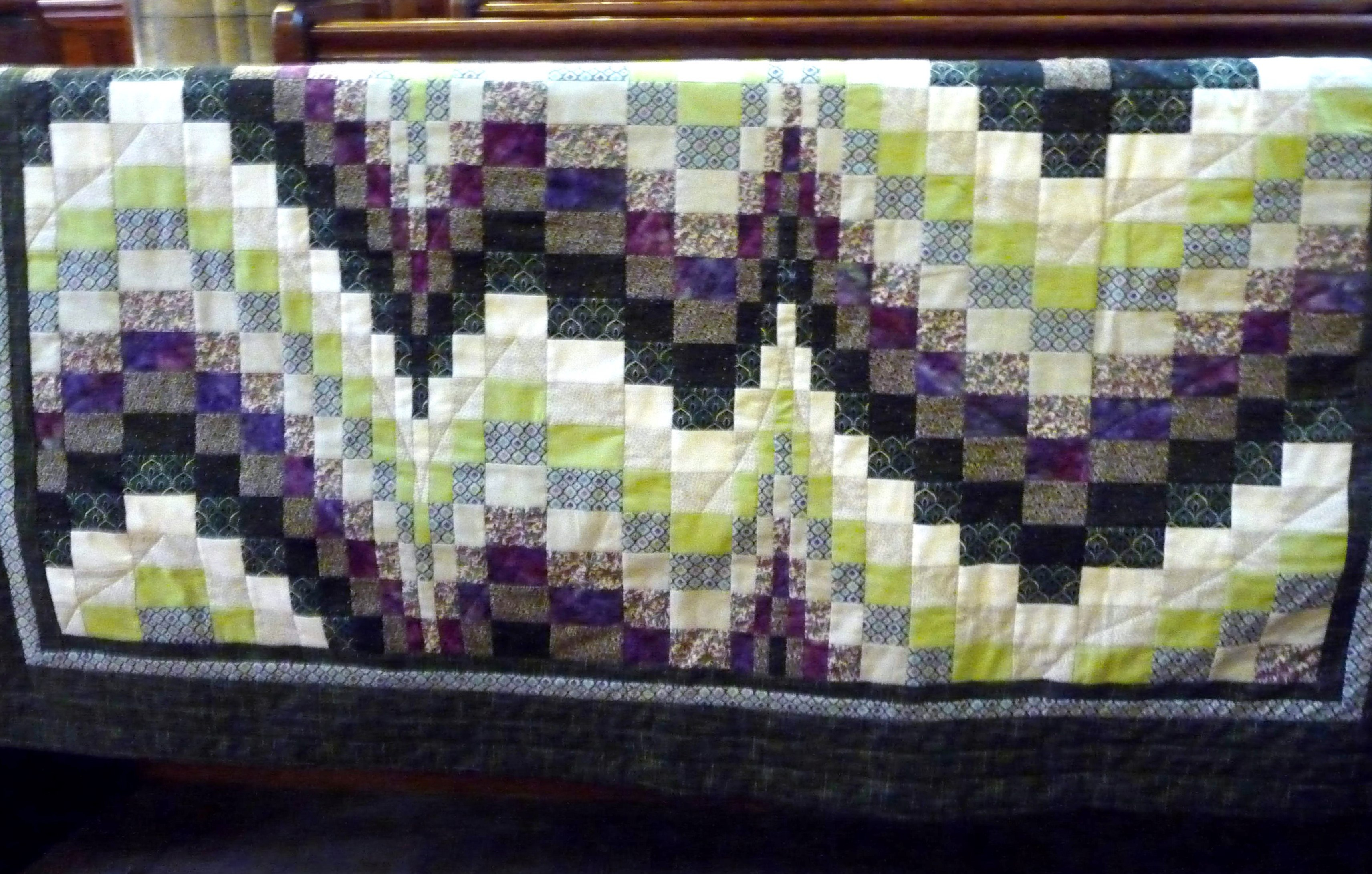 Quilt by Sue Warn, Stitchin' Sisters Group