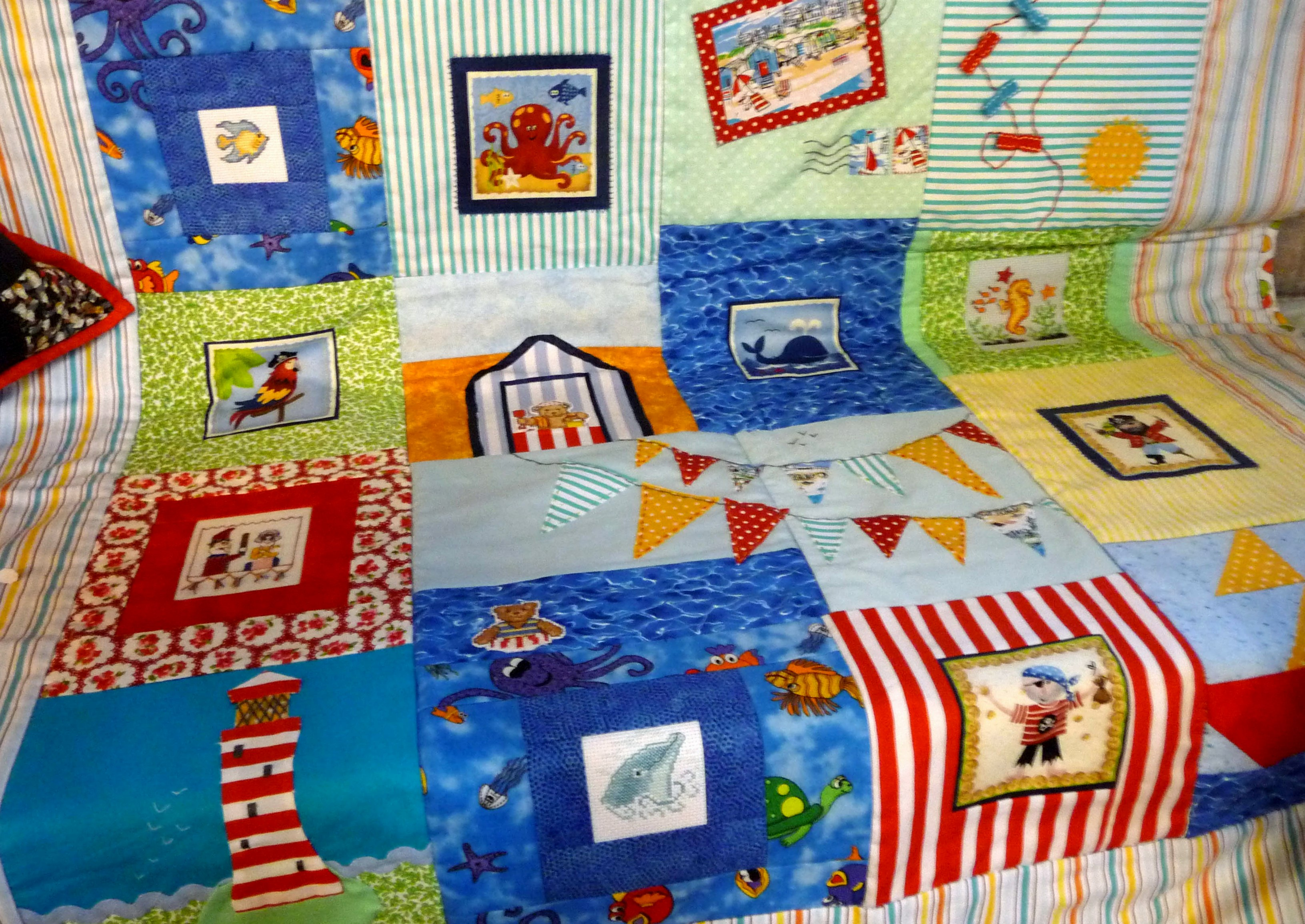 Quilt by Sheila Dundas, Stitchin' Sisters Group