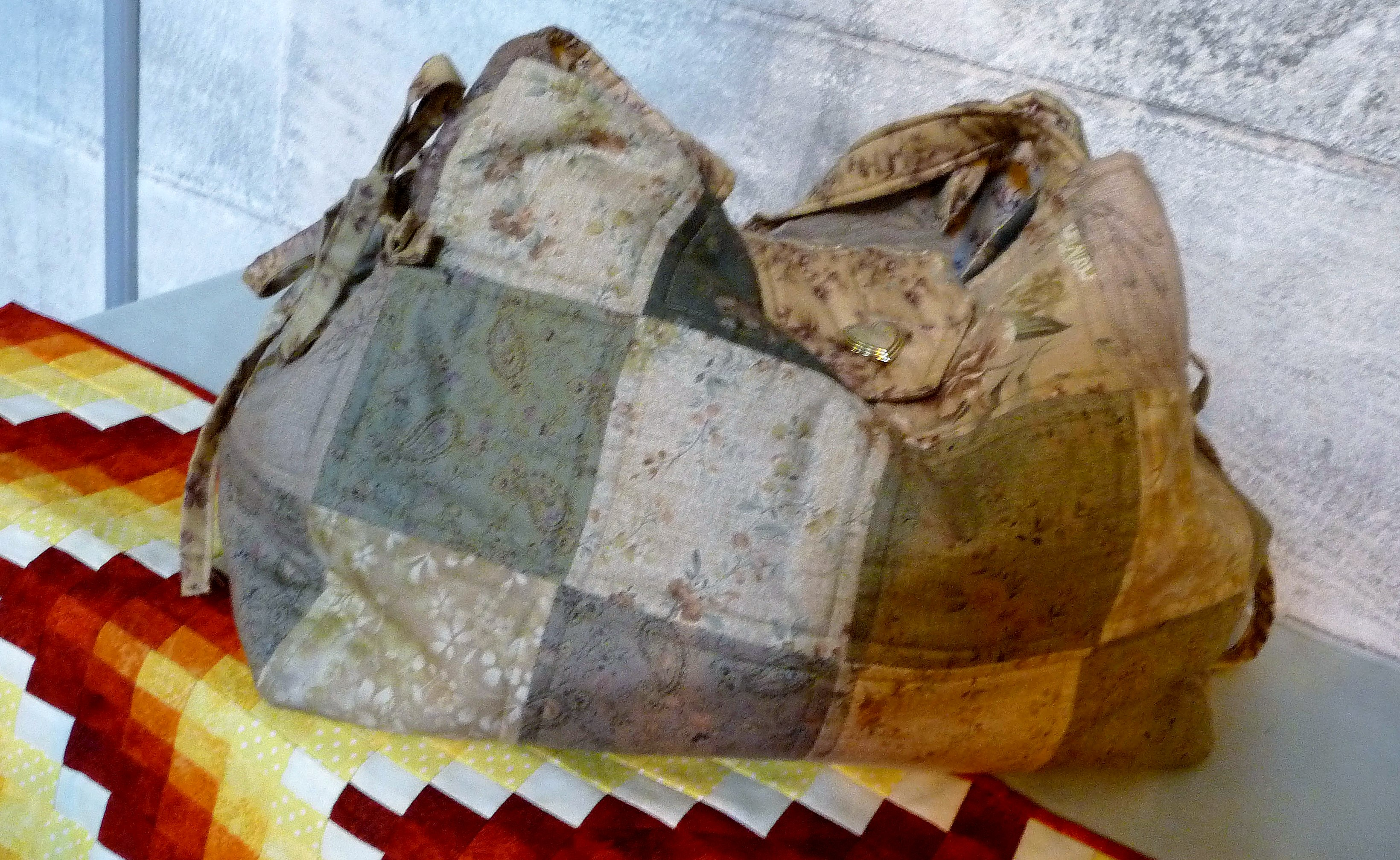 Patchwork bag made by Vivienne Glynn, Stitchin' Sisters Group