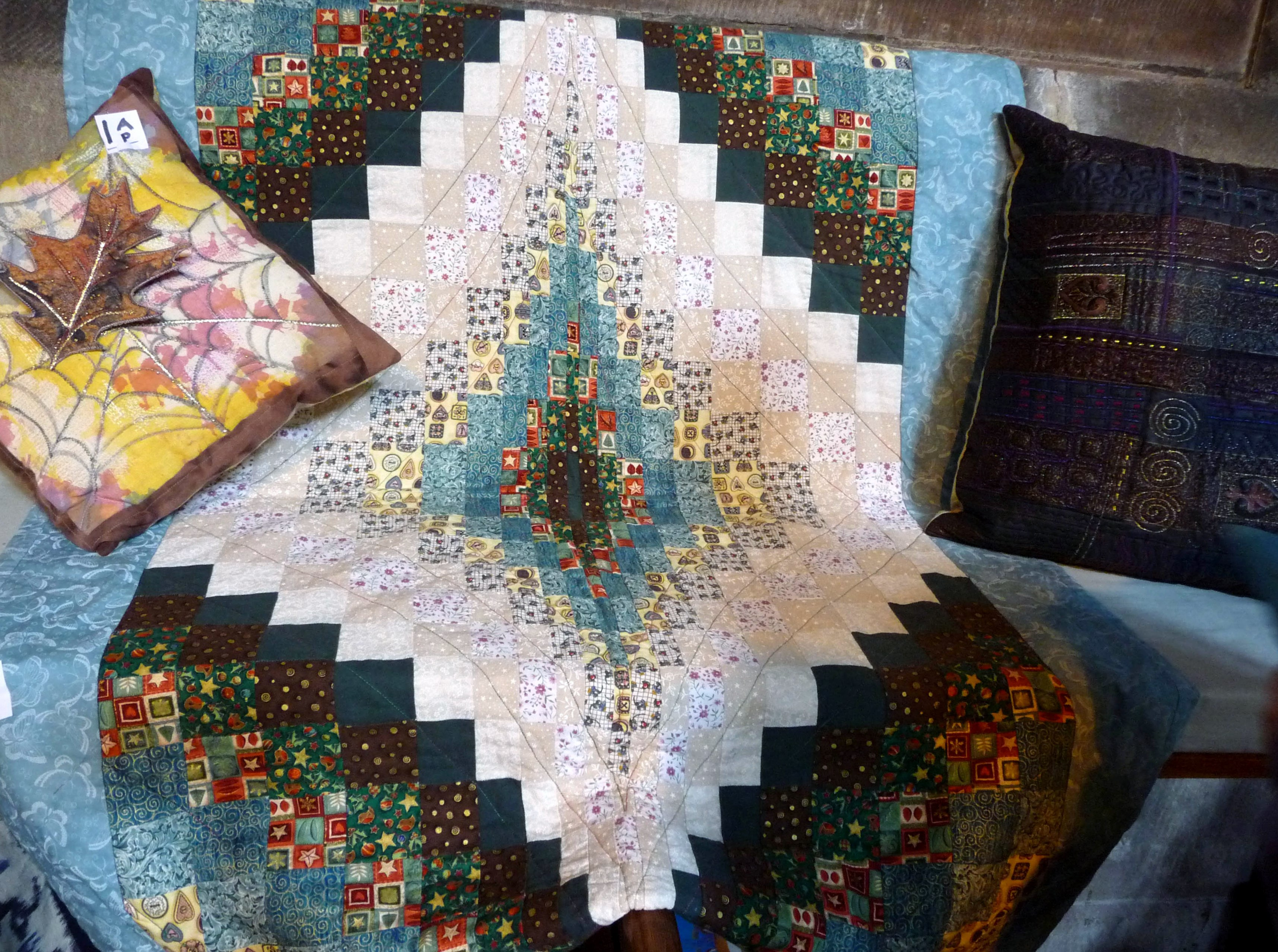 Quilt made by Cherill Ambrose, Stitchin' Sisters Group