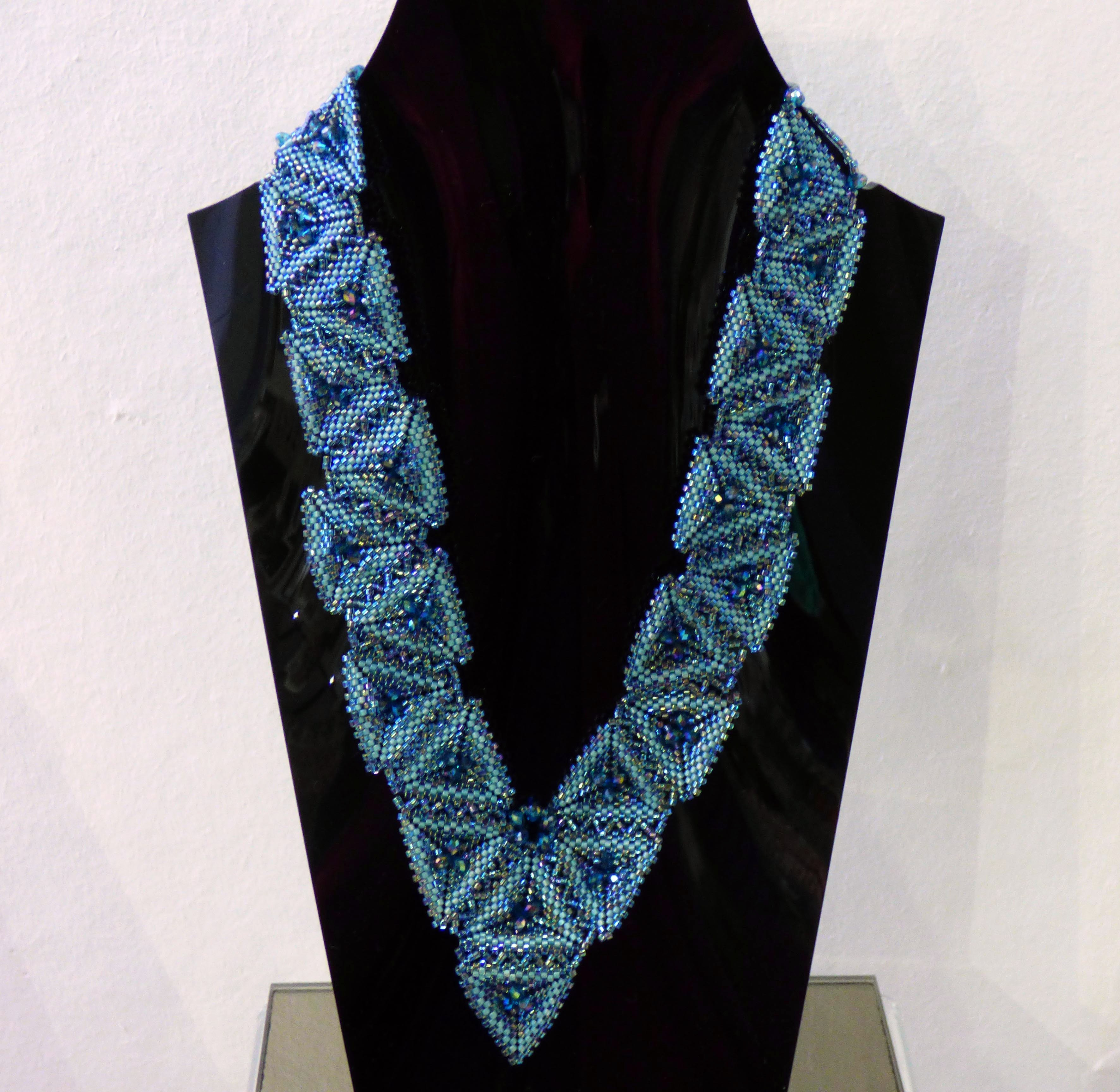 PYRAMIDS NECKLACE by Wendy Cartright, N.Wales EG, delicas and Swarovski beadings