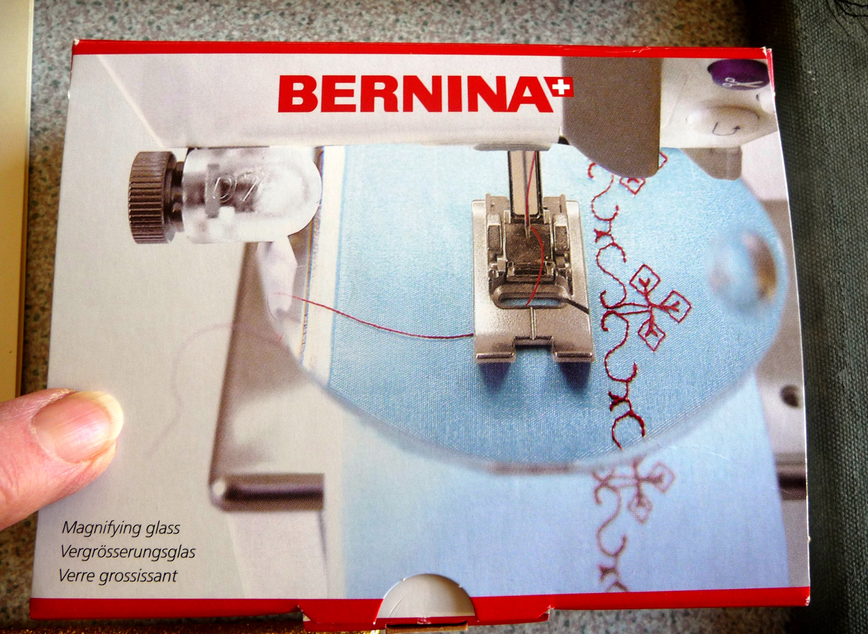 sewing machine magnifying glass, essential for embroiderer with sight problems