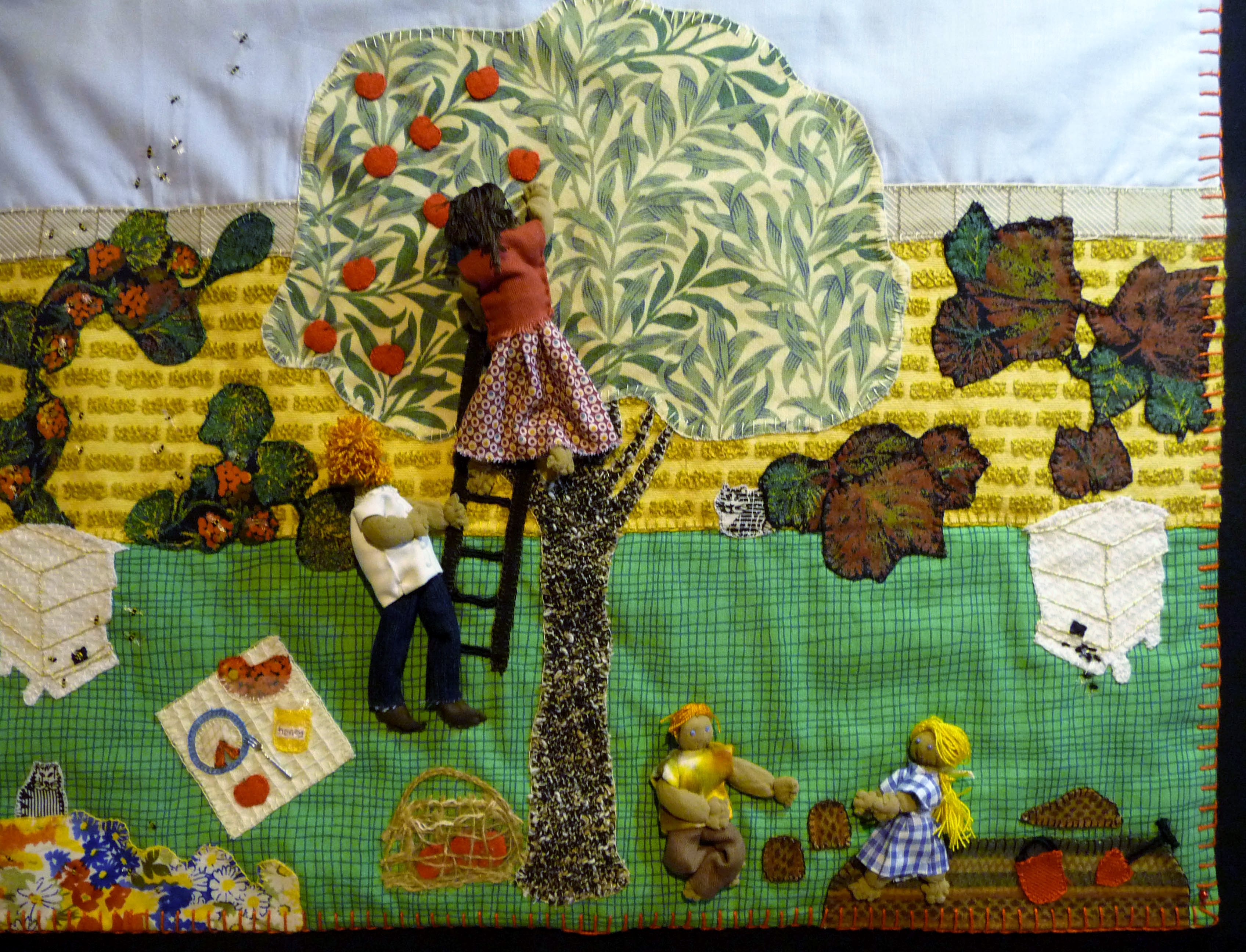 applique embroidery by Janet Wilkinson on a bee theme