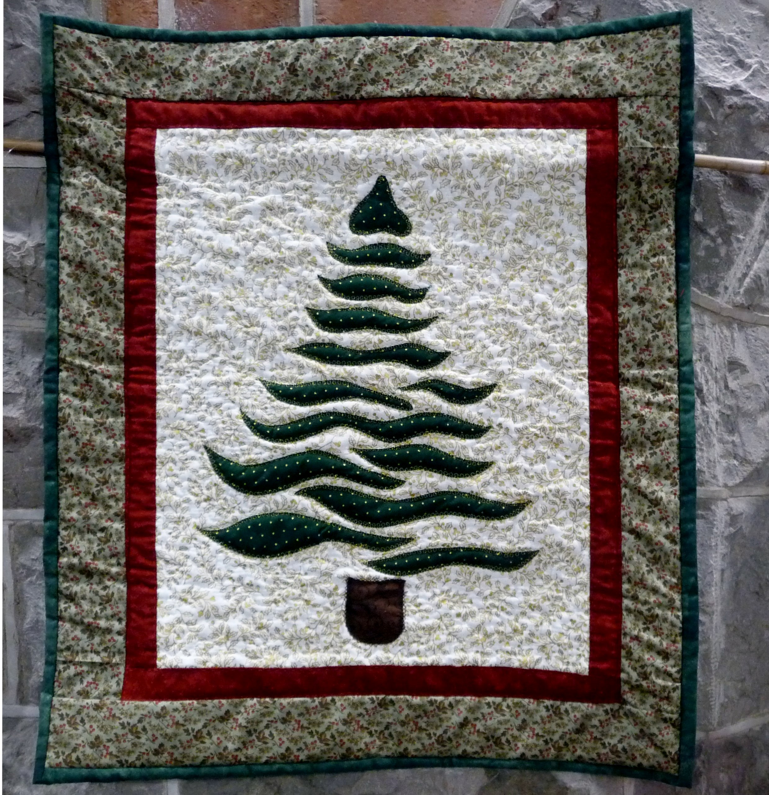 WINTER TREE by Jenny Sheen, hand & machine quilting on cotton fabric