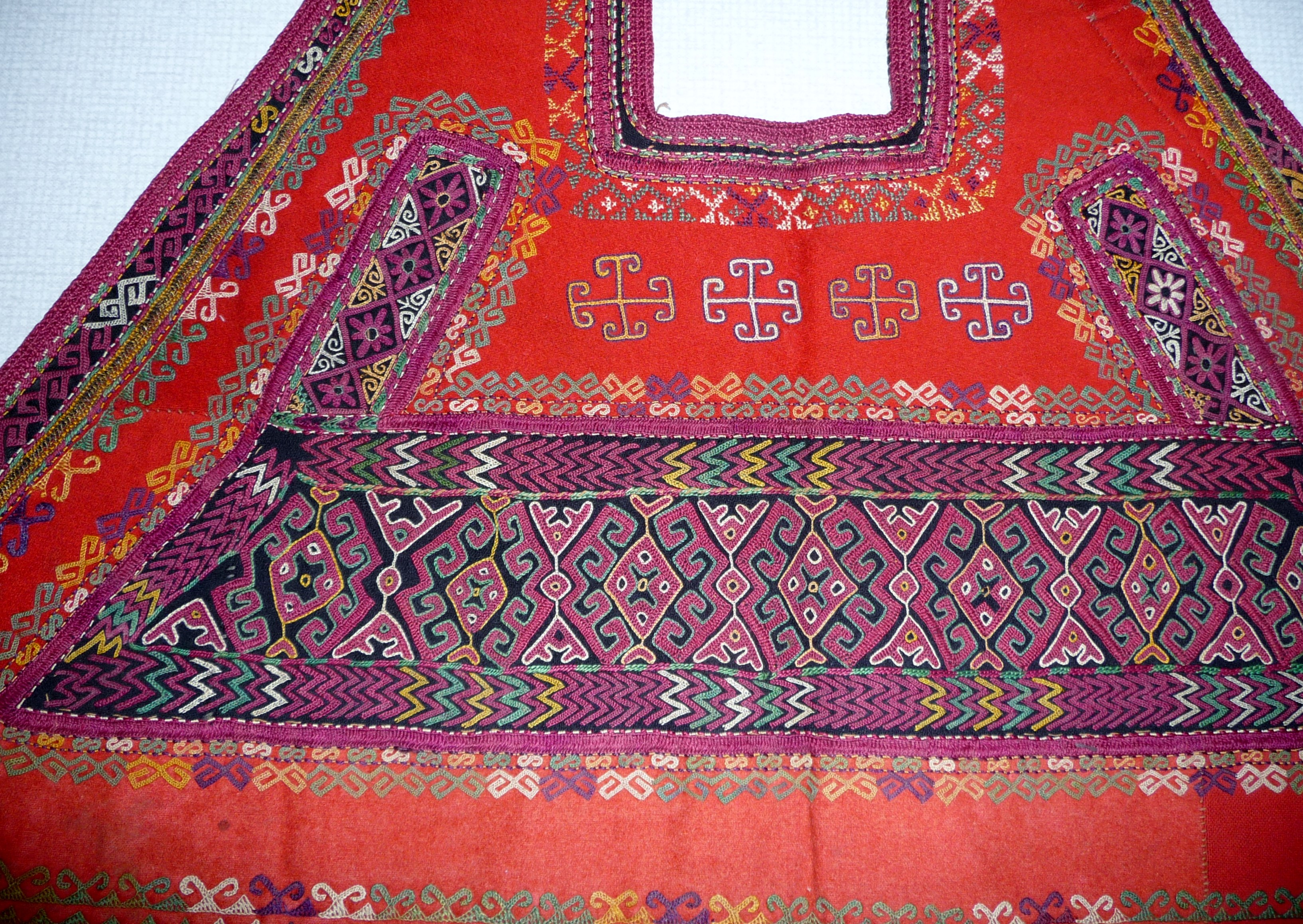 embroidered head covering by Qaraqalpaq people