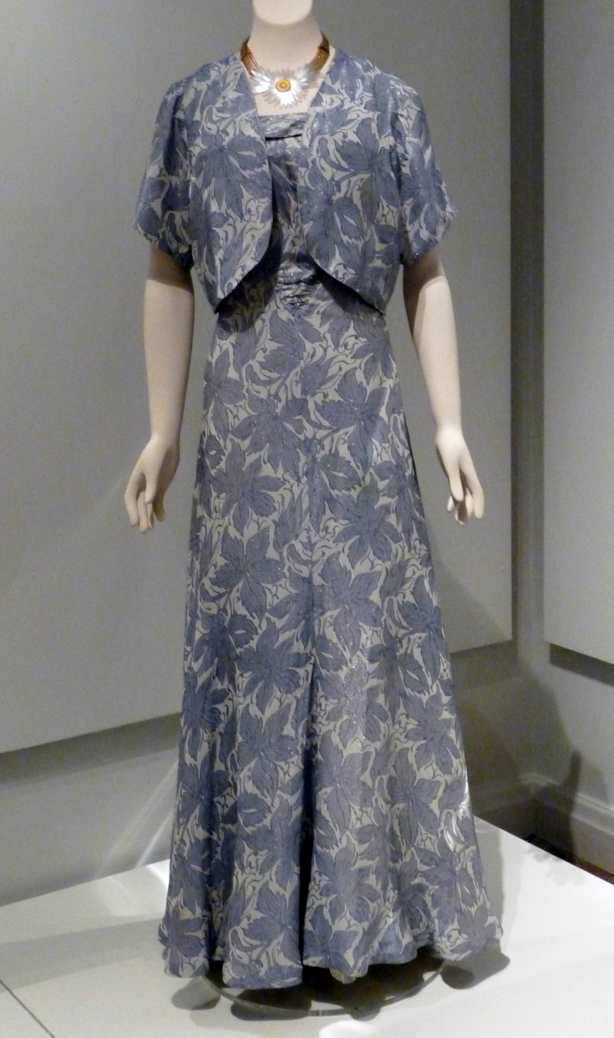 Evening dress & matching bolero jacket, rayon & metallic thread brocade, 1935