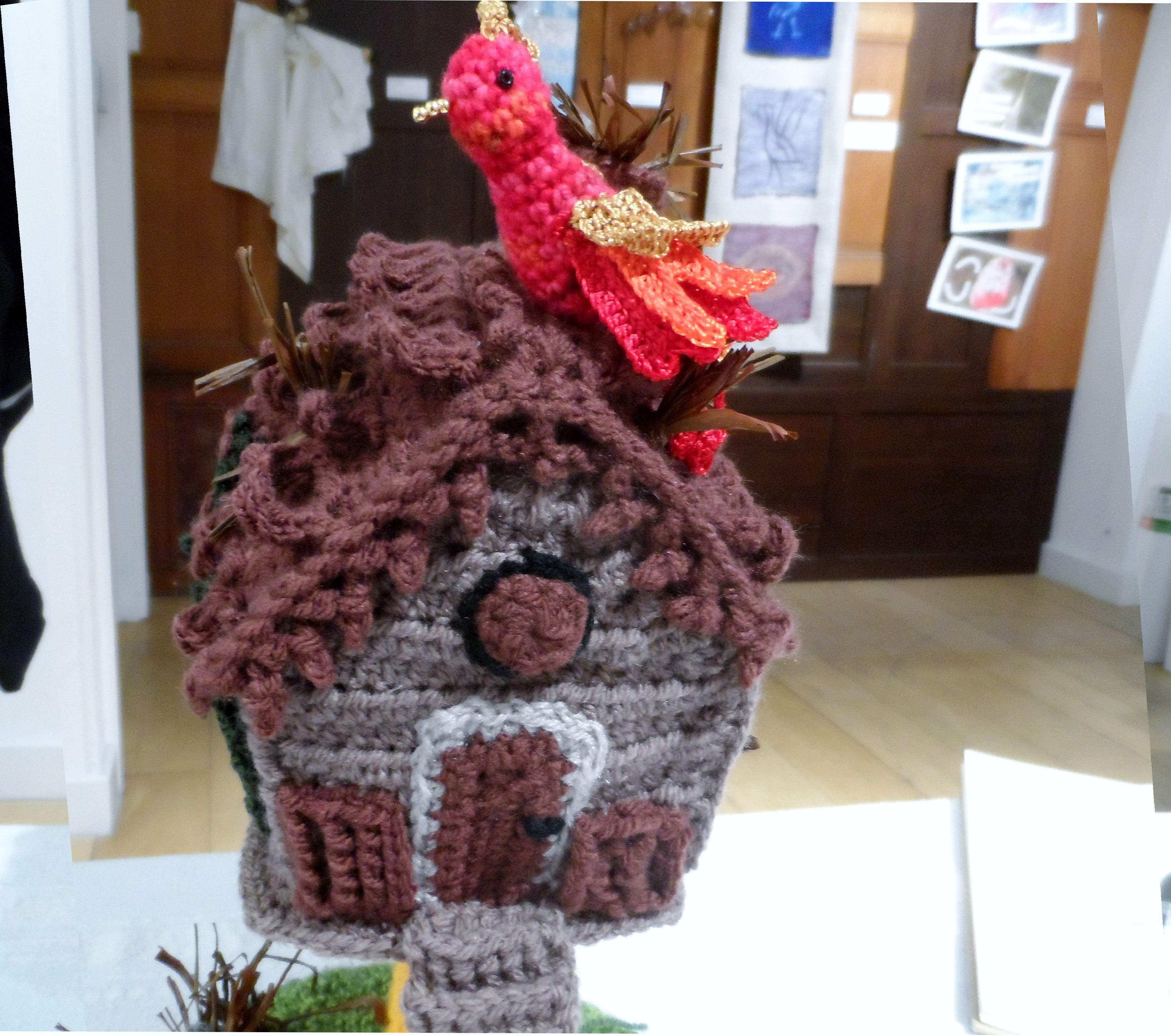 BABA YAGA'S IZBA by Ildiko Szabo, freeform crochet, Re-View Testile exhibition, Nov 2019