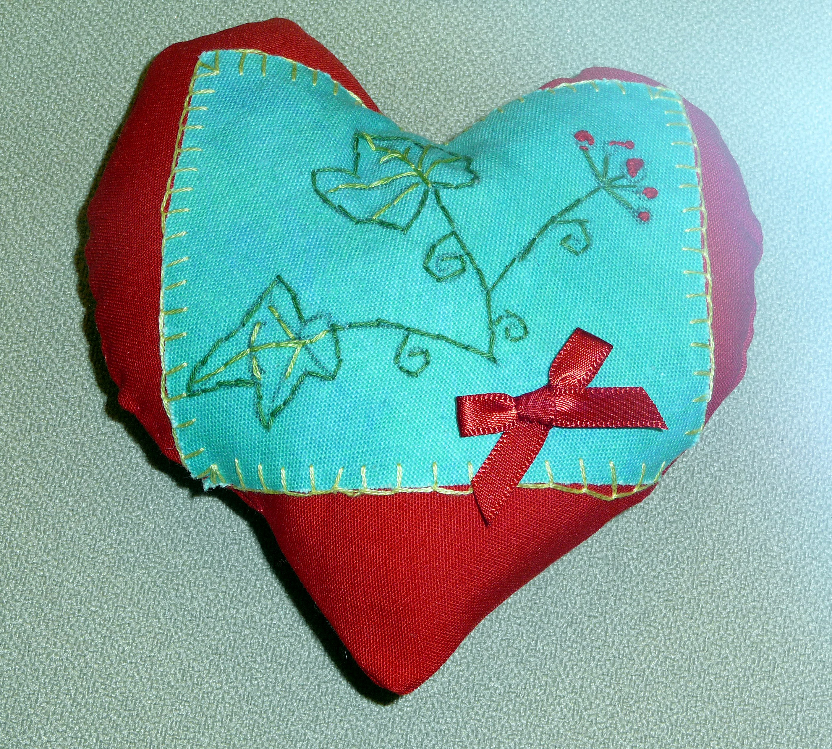 pincushion to commemorate World War 1 made by Zoe, a Merseyside Young Embroiderer
