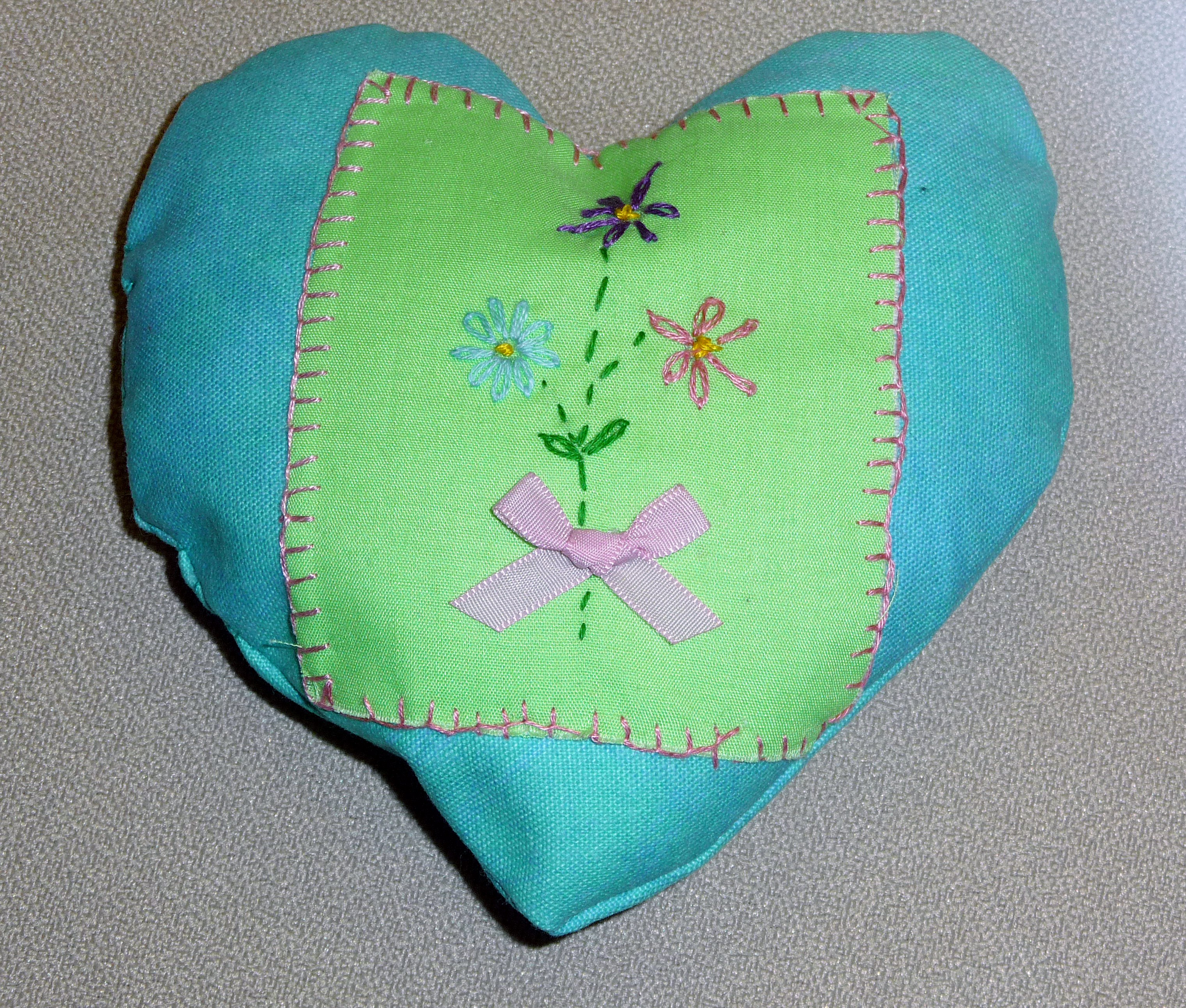 pincushion to commemorate World War 1 made by Cerys, a Merseyside Young Embroiderer