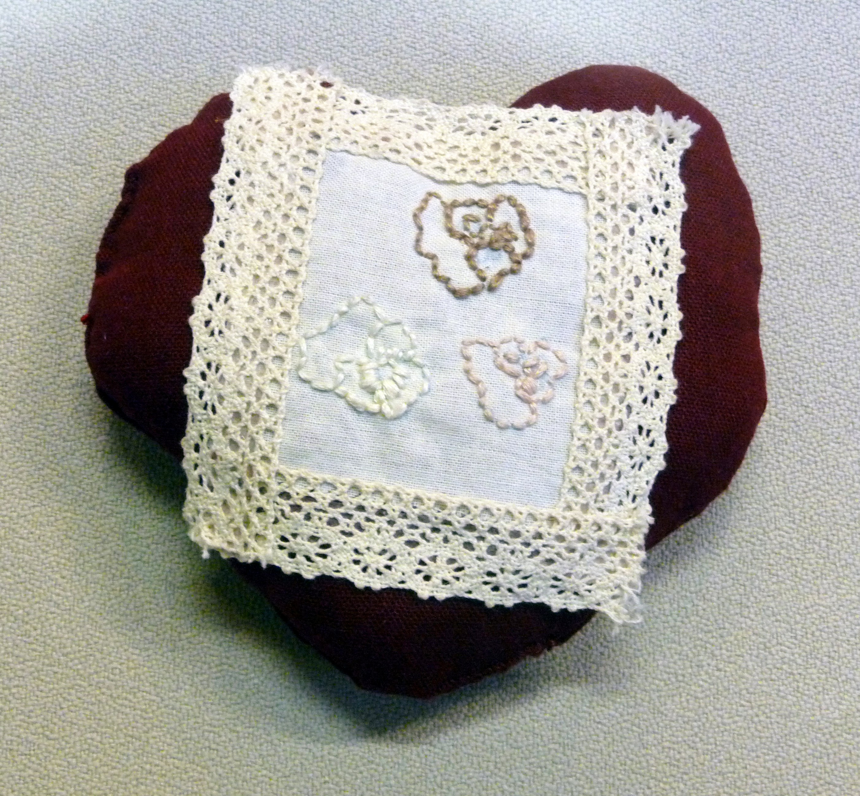 pincushion to commemorate World War 1 made by Calista Leung