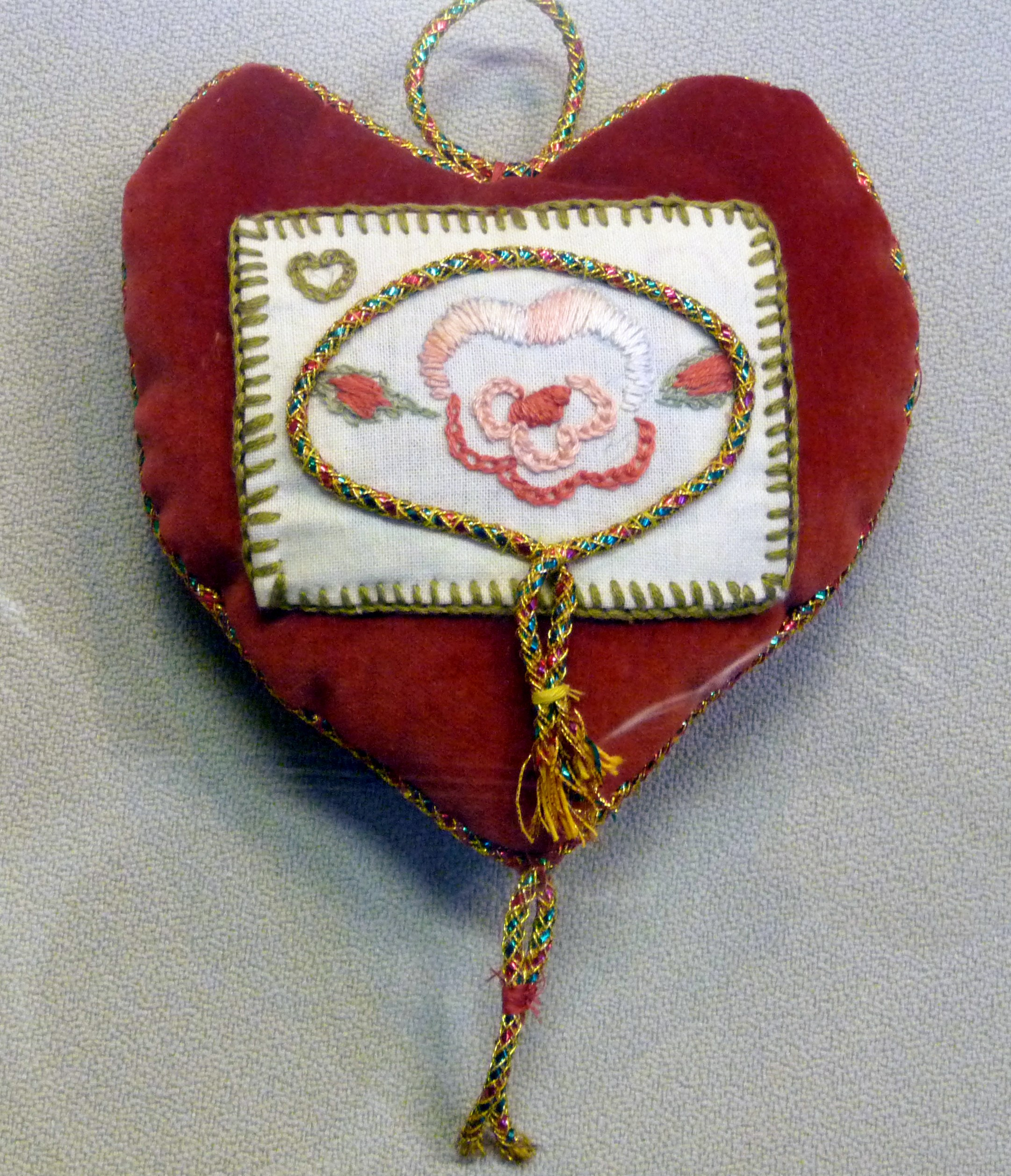 pincushion to commemorate World War 1 made by May Fabia-Cowley