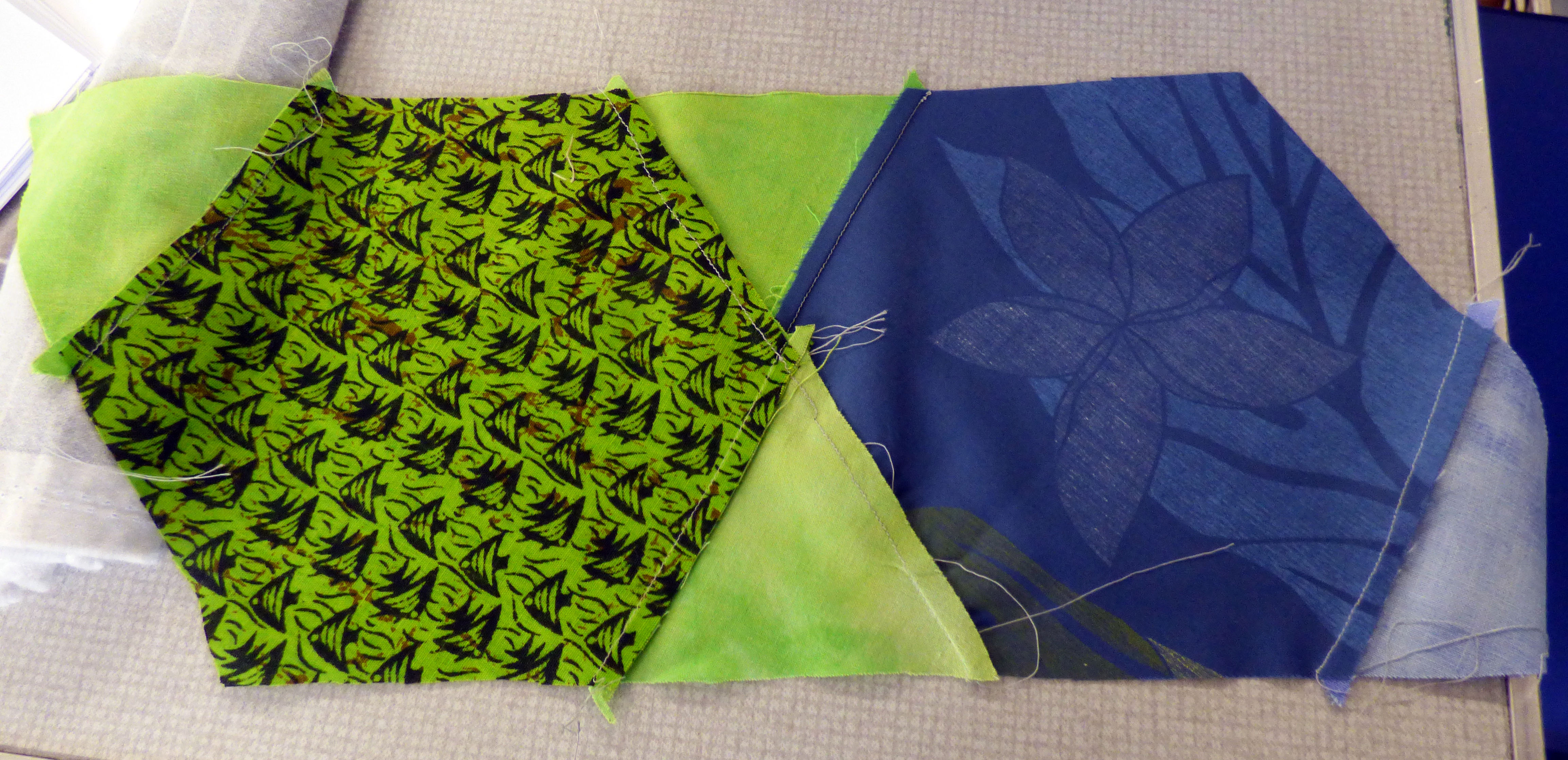 (reverse showing seams) Margaret Smith gave us some lessons on quilt construction. This is how the KF quilt block should be sewn