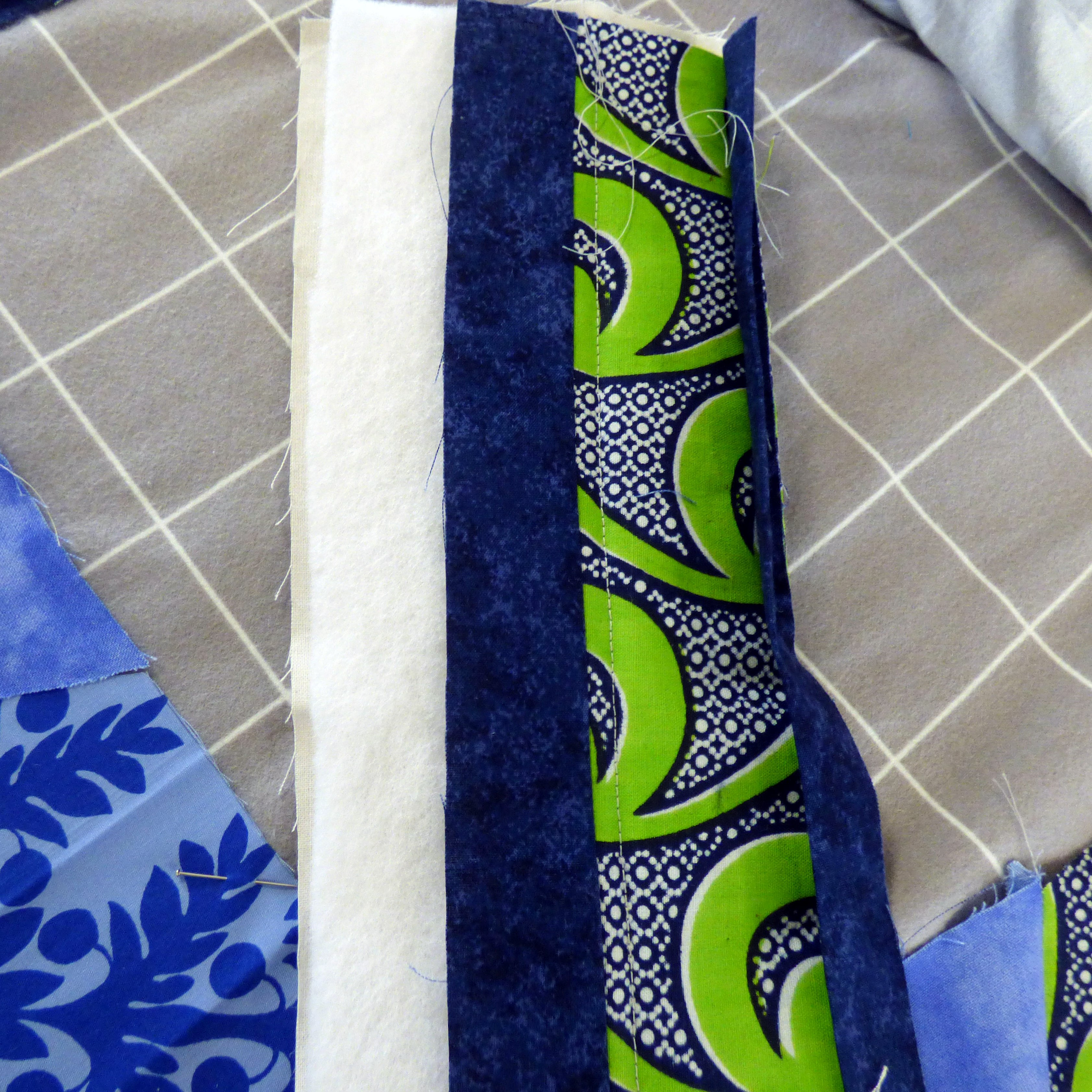 sample by Margaret Smith showing edge of the KF quilt with binding