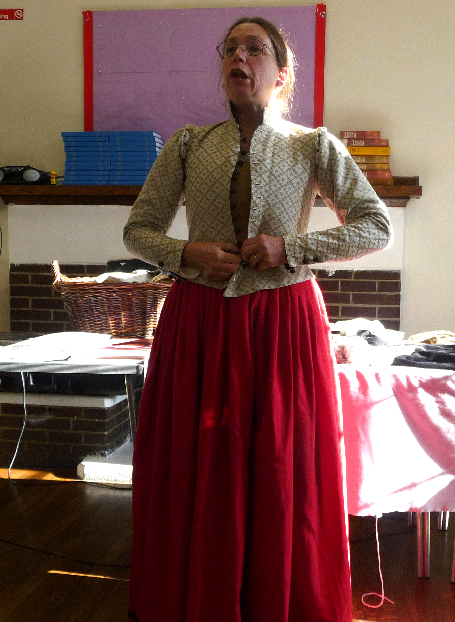 a doublet goes over the half kirtle