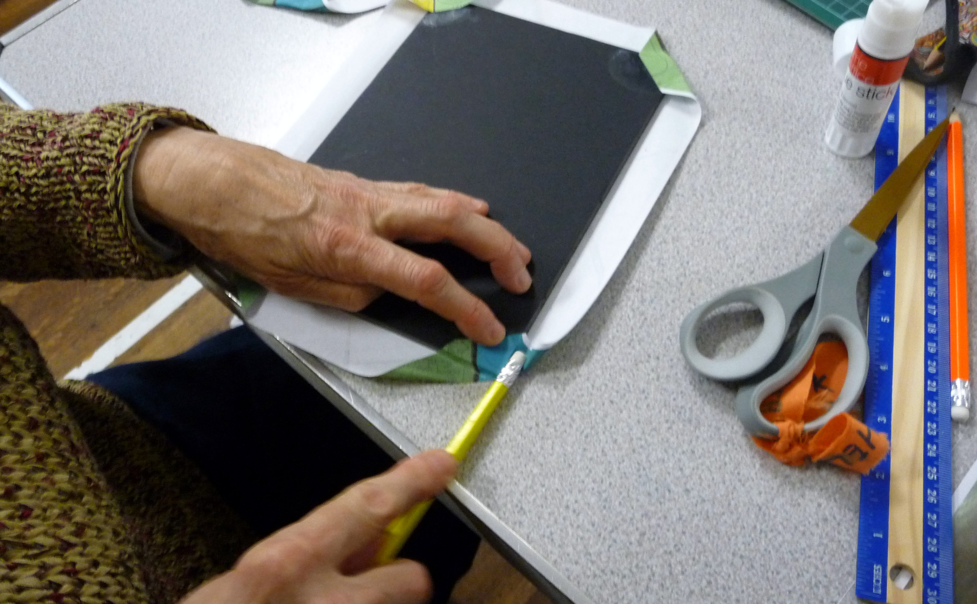 Bookbinding workshop- turning in the corners