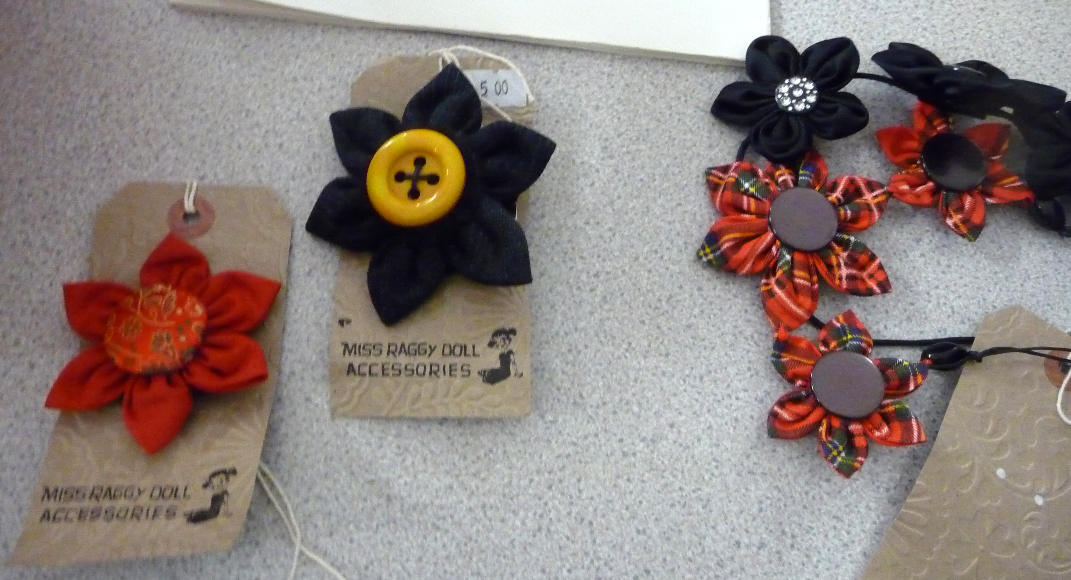 """Recycled Accessory Workshop"" by Tina Leahey. Some of Tina's samples"