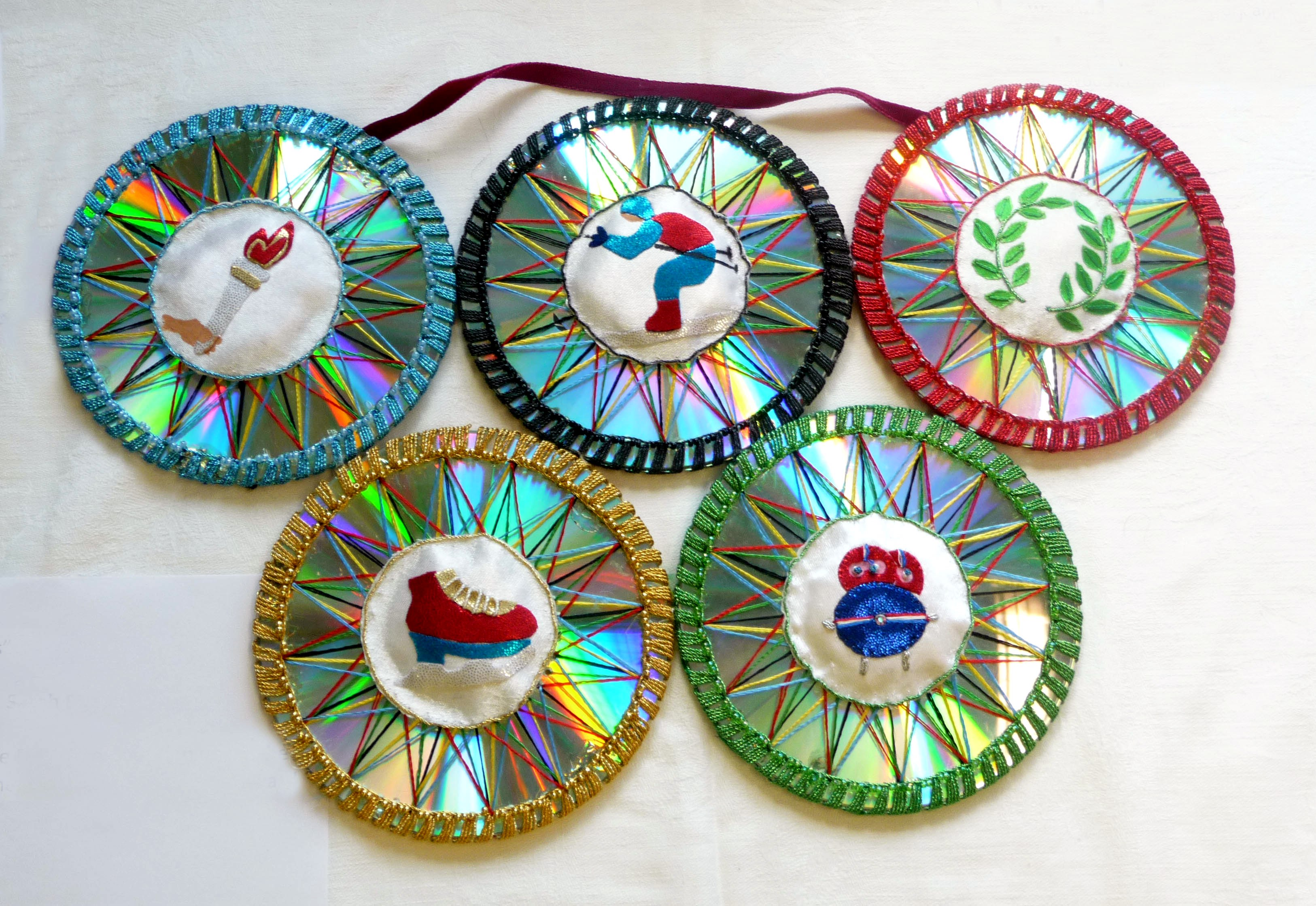 OLYMPIC DISKS by Sarah Ruaux, Bolton YE, Winner of DeDenne Competition age 9-11 Award
