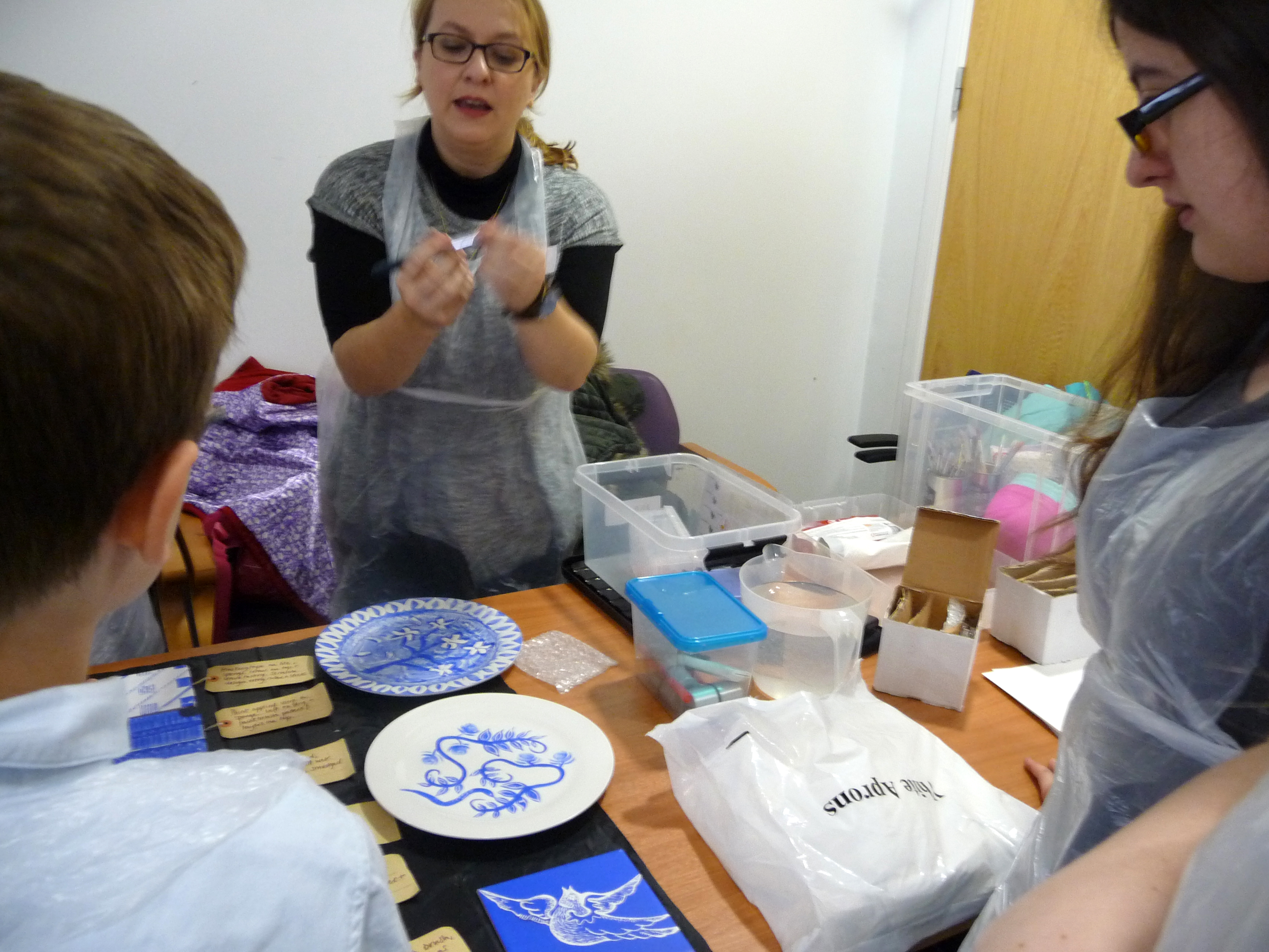 Juliet Staines is showing our YE group some painting techniques