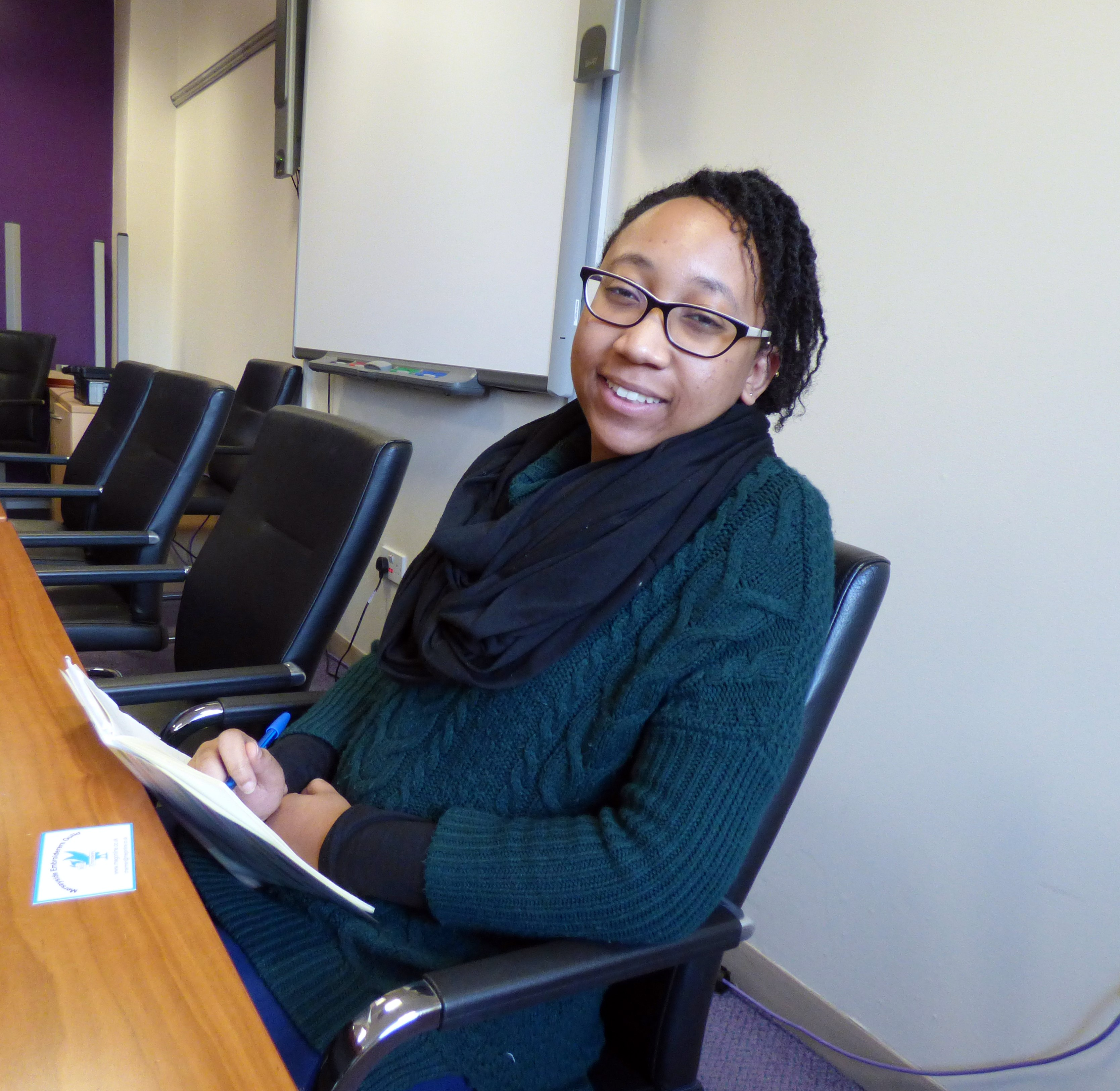 this is Shaneka, a student teacher who visited YE group, Nov 2016