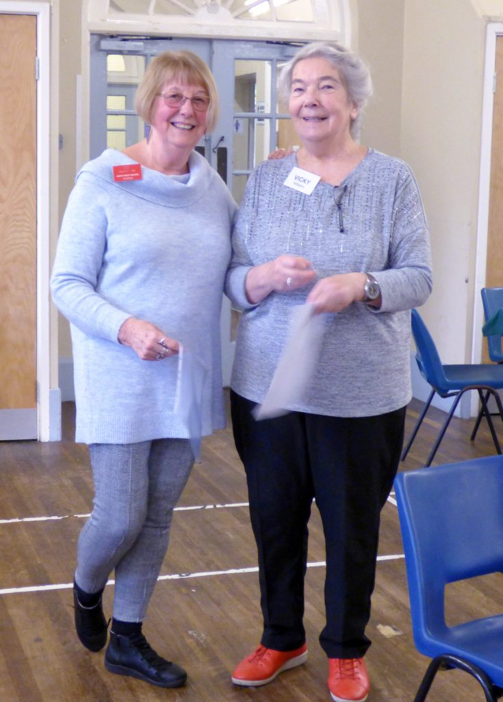 NW Regional Chair Sue Chisnall presented Vicky Williams with her 25 year badge and certificate at MEG Christmas Party 2019